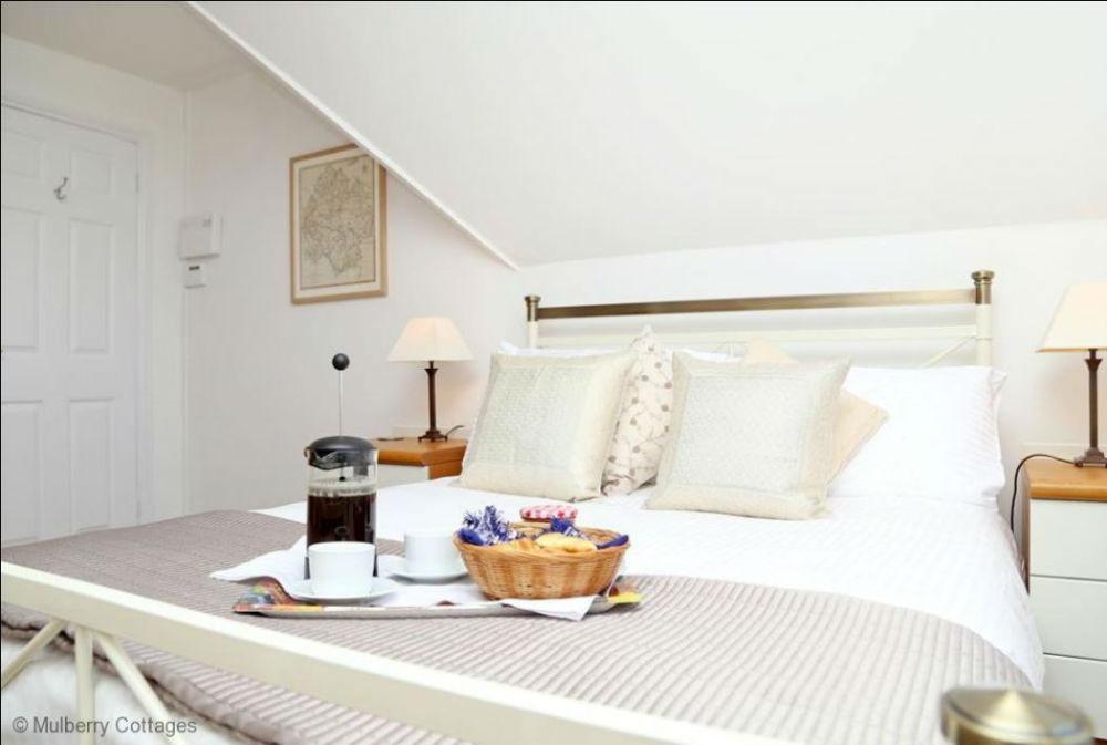 Double room at Ledbury holiday accommodation