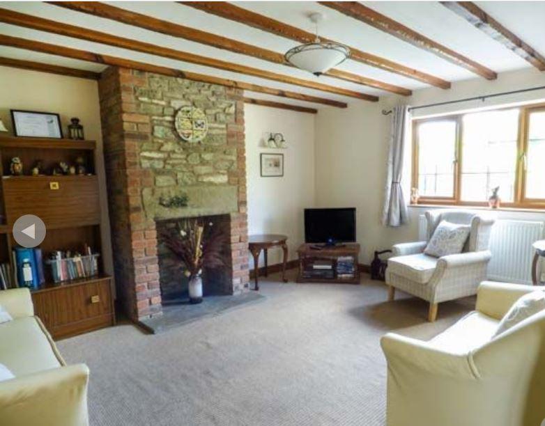 Living-room at holiday accommodation near Ledbury