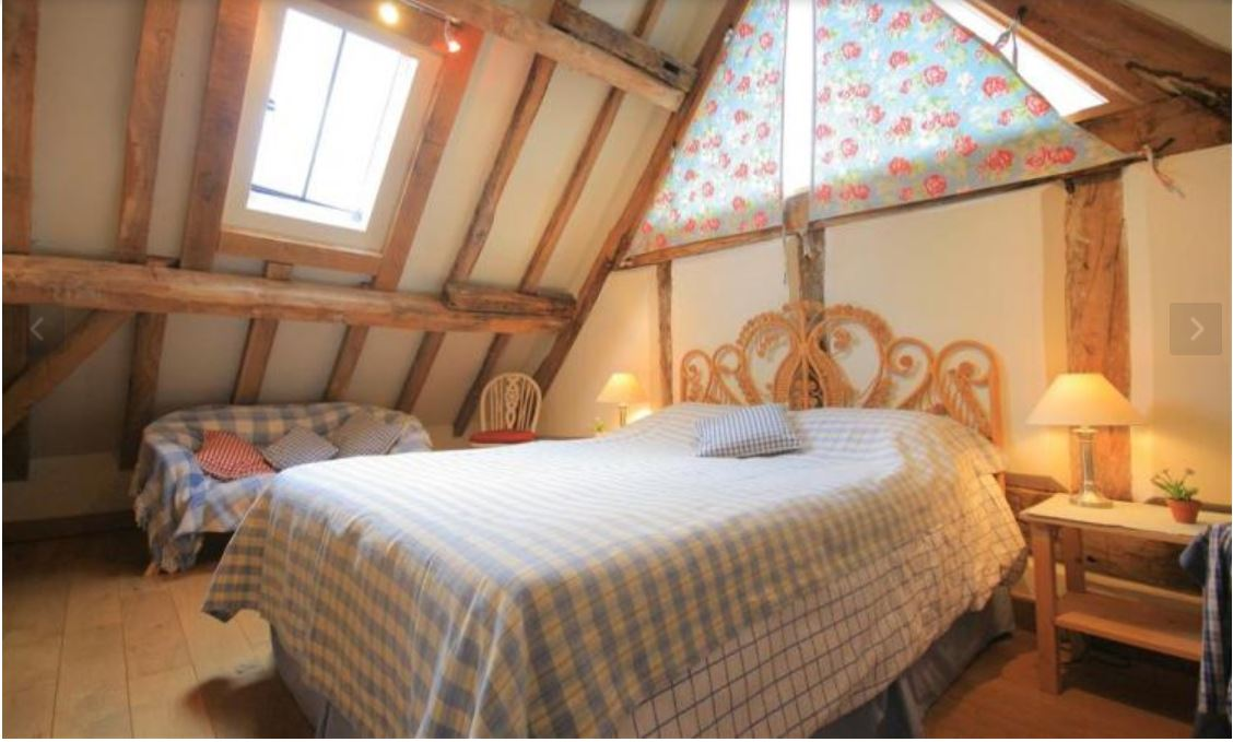 Double room at self catering Ledbury