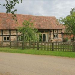 Whites Farm Barn self catering Ledbury