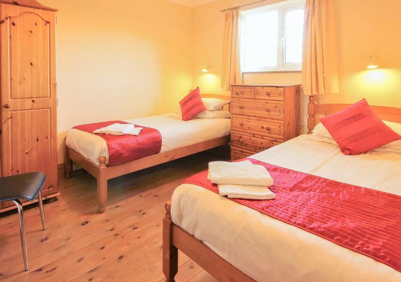 Twin room at Ledbury holiday cottage