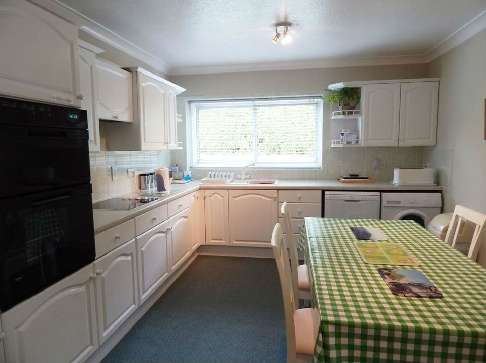 Kitchen at self catering Ledbury