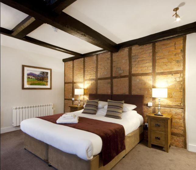 Double room at hotel in Ledbury