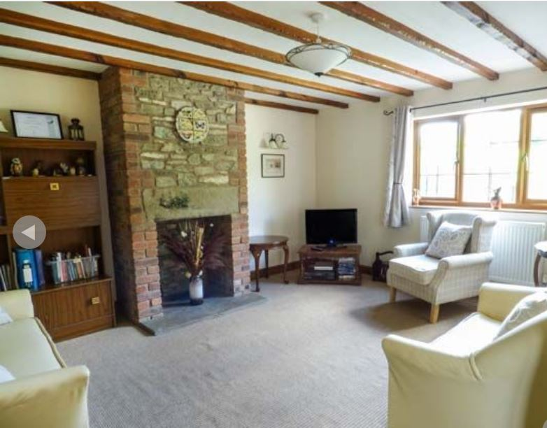 Living-room at holiday accommodation near Ledbury