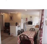 Kitchen-diner-at-holiday-cottage-ledbury