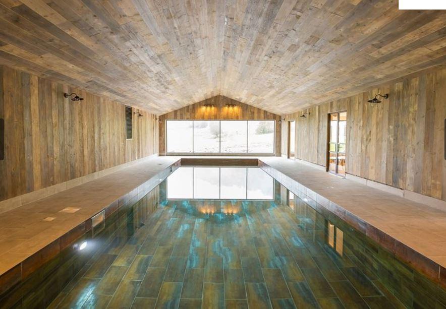 Swimming pool at luxury self catring Ledbury