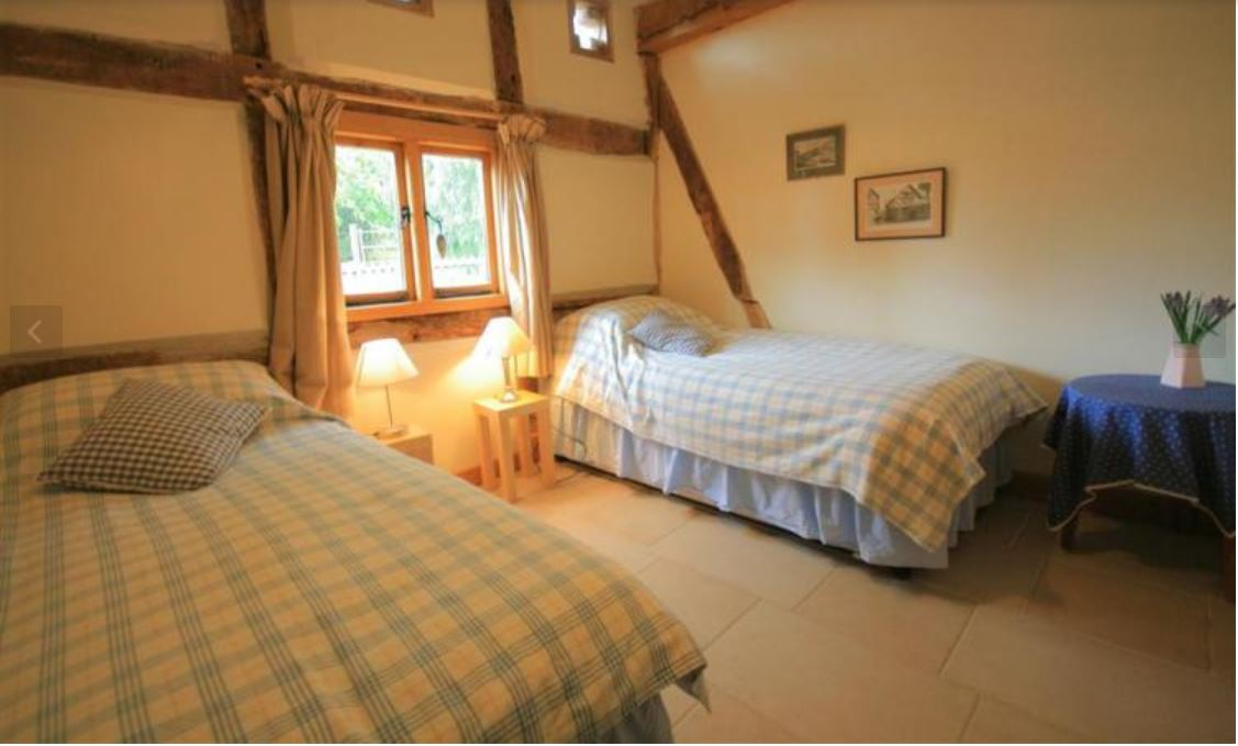 Twin room at self catering Ledbury