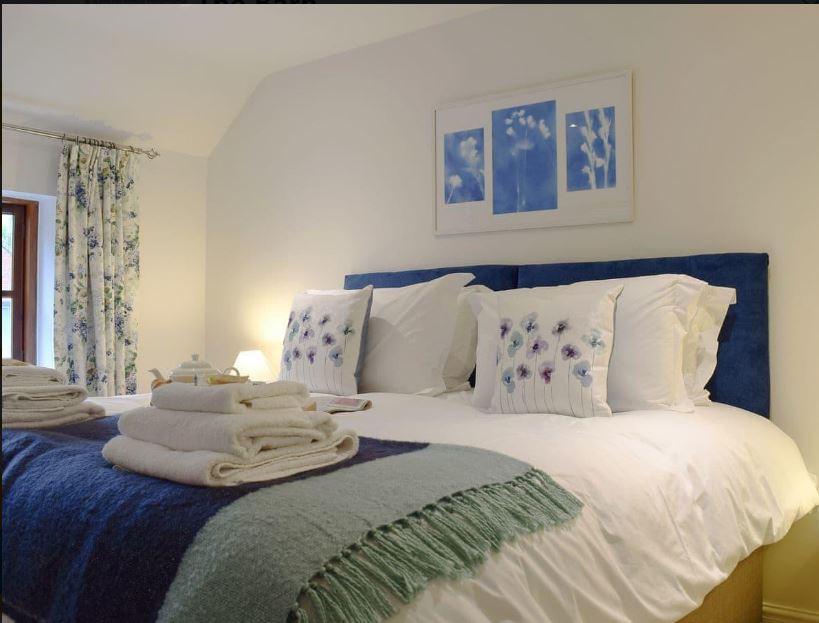 Double room at Ledbury self catering